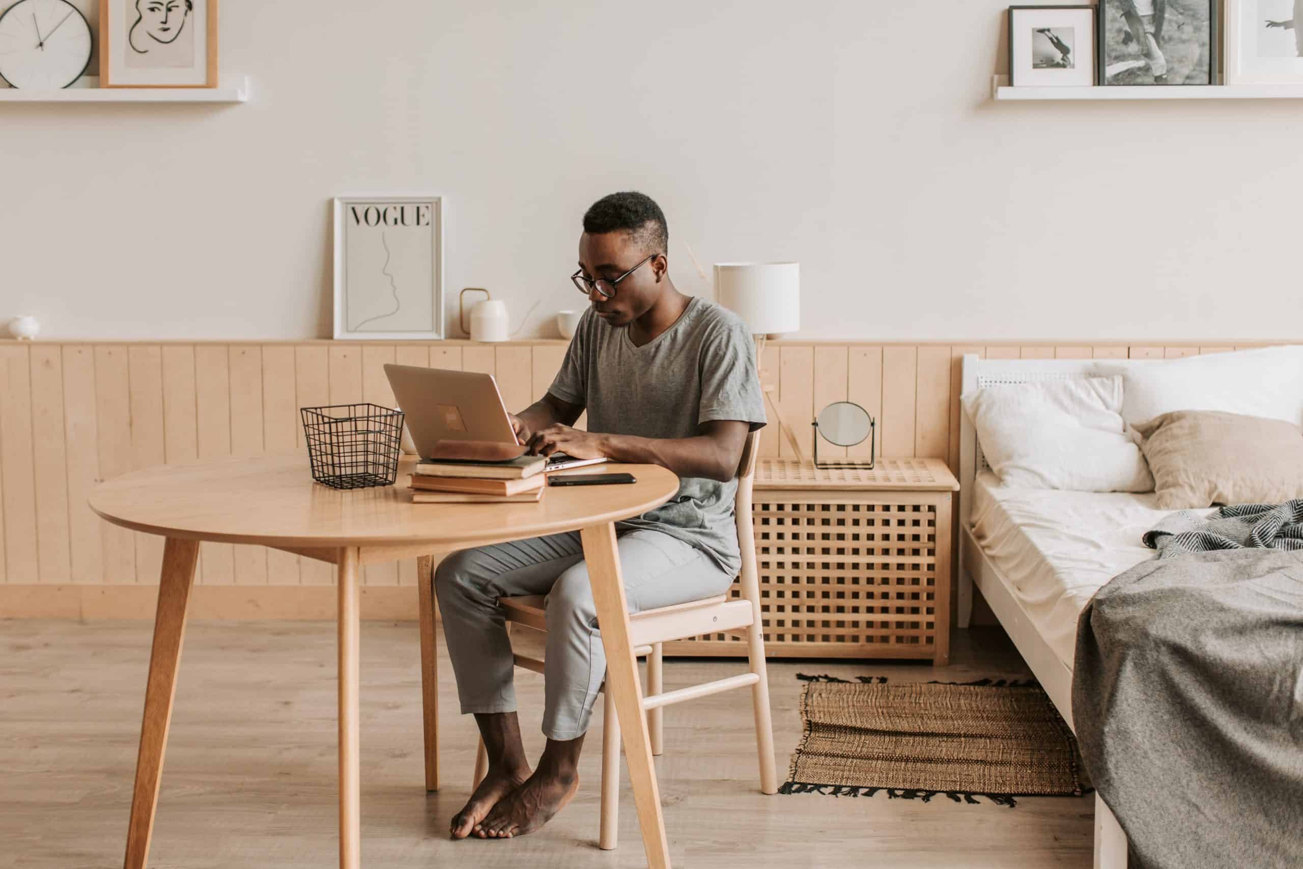5 Ways to Manage Poor Workplace Performance Among Remote Workers